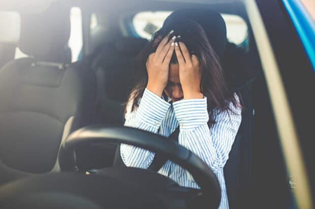 Пьяную женщину без водительских прав поймали на Ботанической