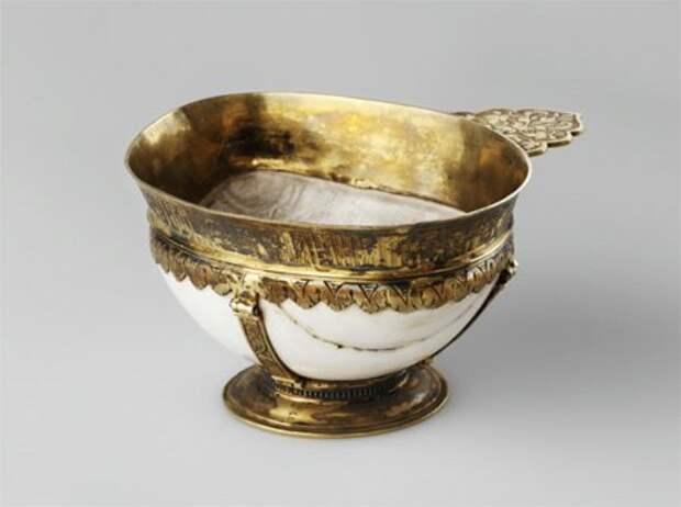 Драгоценная посуда Древней Руси: Чарки