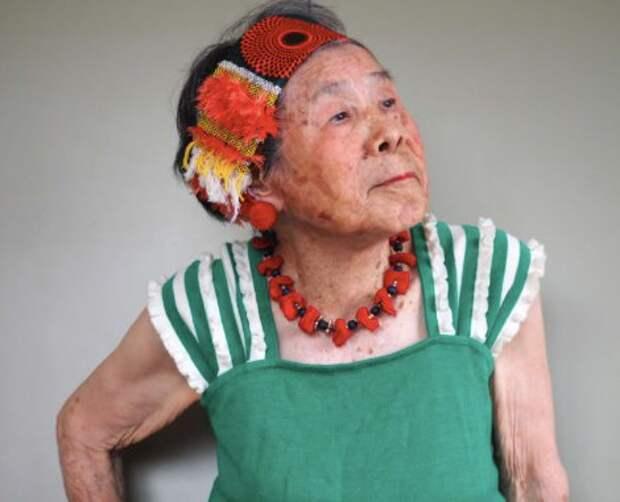 94 - летняя японская модель