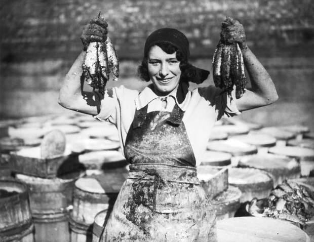 Рыбачки на старых фотографиях