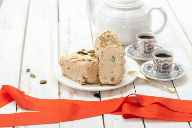 К восторгу сладкоежек: рецепт домашней арахисовой халвы