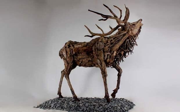 Деревянный олень. Автор: Джеймс Доран-Вебб.