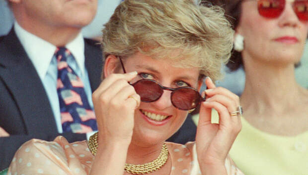 Выбор леди: какие солнцезащитные очки носила принцесса Диана