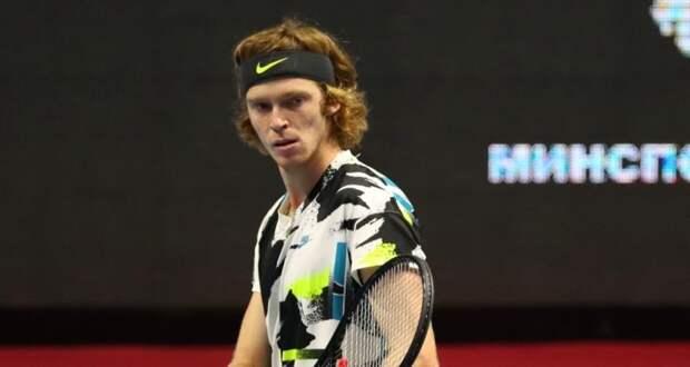 Андрей Рублев стал четвертьфиналистом турнира ATP в Барселоне