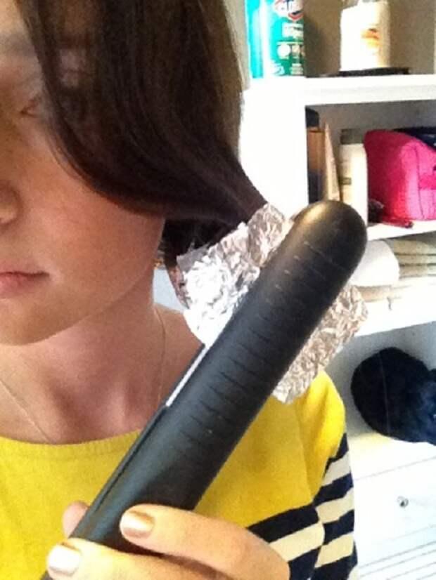 7. Использование алюминиевой фольги, чтобы завить прямые волосы  совет, фольга, хитрость