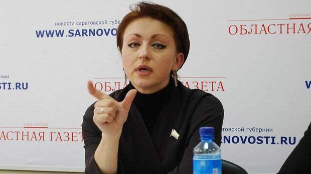 Соколова, предложившая россиянам есть «макарошки» уволена с должности по собственному желанию