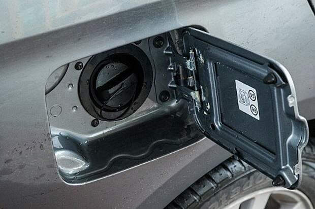 Первый тест-драйв серийного седана Lada Vesta