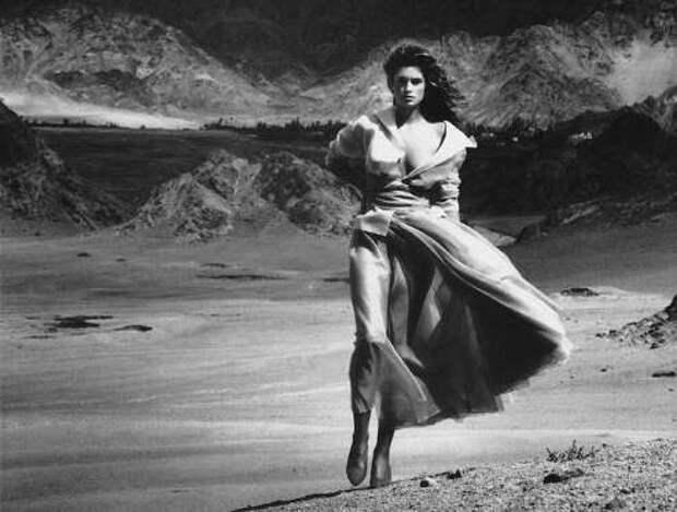 Синди Кроуфорд 50 лет: лучшие фотографии супермодели