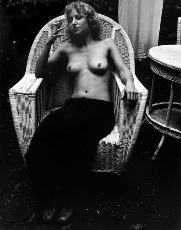 Эротические снимки от женщины-фотографа