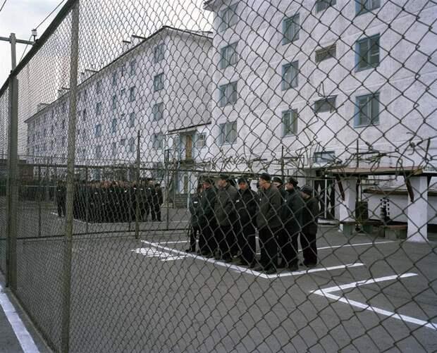 9 сильных фото из жизни малолетних преступников в сибирских колониях   .