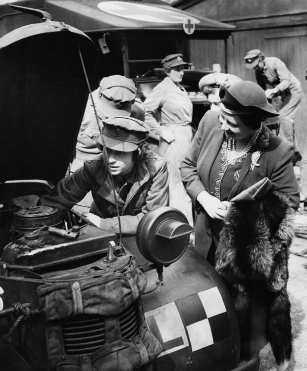 Неглянцевые снимки известных женщин