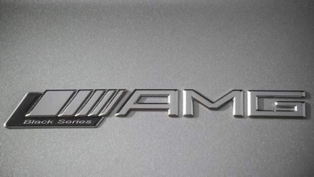 Mercedes-Benz-SLS_AMG_Black_Series_2014_1280x960_wallpaper_20