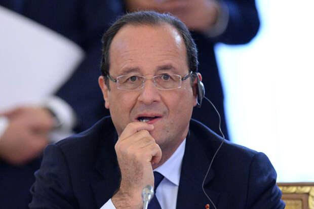 Олланд: Париж намерен выступить инициатором отмены санкций против РФ