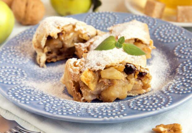 Яблочный рулет из лаваша: сворачиваем вкусноту за 3 минуты