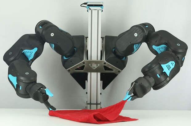 Робот Blue, который имеет недорогую себестоимость, но при этом хорошо работает. /Фото: news.berkeley.edu