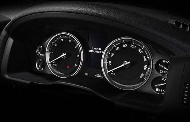 Land Cruiser 200 прибыл в салоны официальных дилеров Toyota