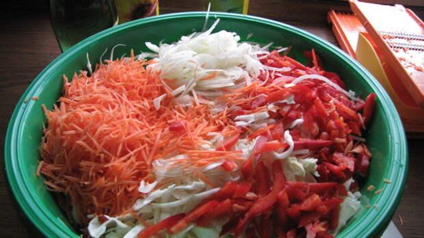Вкусно и красиво! Салат из капусты