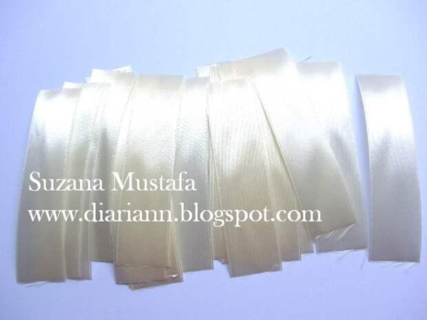 Цветы из шелковых лент от Suzana Mustafa. Идеи и мастер-класс (2) (700x525, 241Kb)