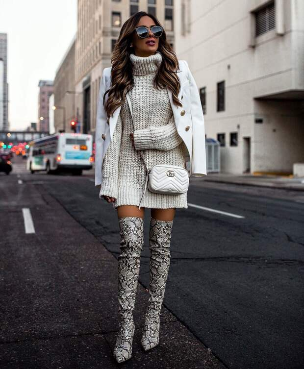 Платье-свитер (осень-зима 2020-2021): вещевое соседство, цветовая палитра, стильные образы.