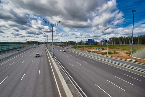 Москва-Питер по платной М-11: названа цена поездки
