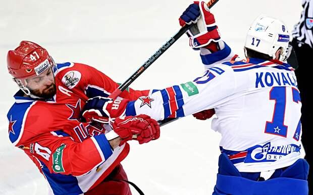 Знаменитый скандал с русским хоккеистом Ковальчуком. Он подло атаковал своего друга Радулова, ударив его клюшкой