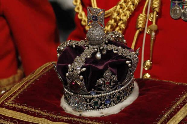 Как английская королева у Индии бриллиант украла