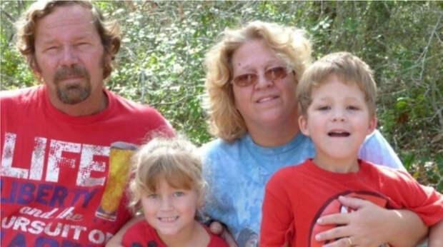 Подросток из Техаса застрелился, убив всю семью в день рождения мамы