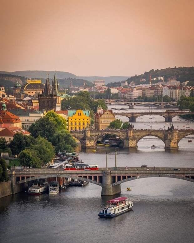 Захватывающие аэрофотографии Праги, от красоты которых кружится голова