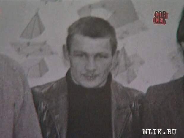 """Легендарный убийца Александр Солоник (""""Саша Македонский"""") в частной жизни."""
