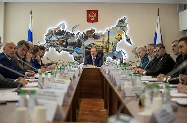 «Ахмат» из-за санкций США претендует на деньги правительства, Госдума – за. Что это значит?