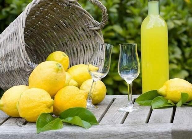 Лимончелло. Обязательно попробуйте