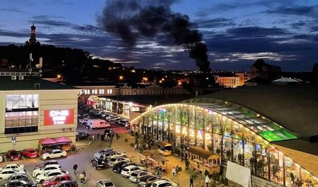 В Ставрополе на Нижнем рынке сгорел автомобиль