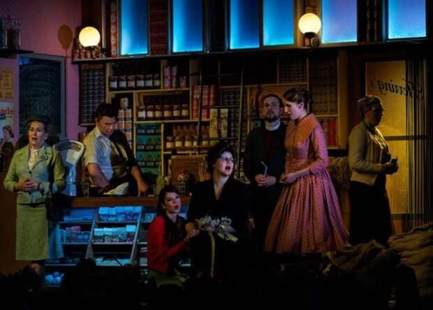 За кулисами оперного театра