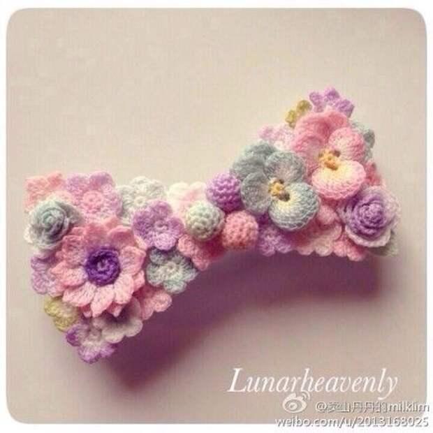 Вязаные цветы-миниатюры Lunarheavenly (подборка)