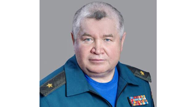 Начальник МЧС по Удмуртии Петр Фомин останется на службе еще на три года