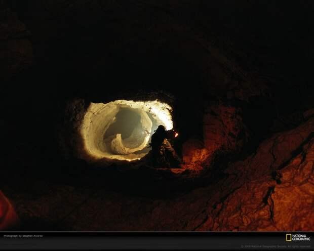 Самая глубокая в мире пещера (28)