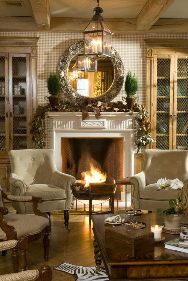 Сделайте дом уютнее: 20 тёплых интерьеров с каминами