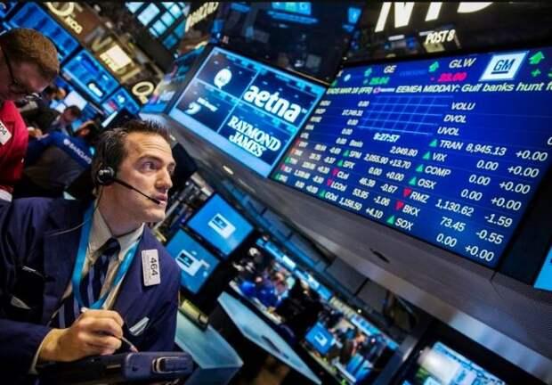 Рынок нефти вновь устремился вверх на данных Минэнерго США
