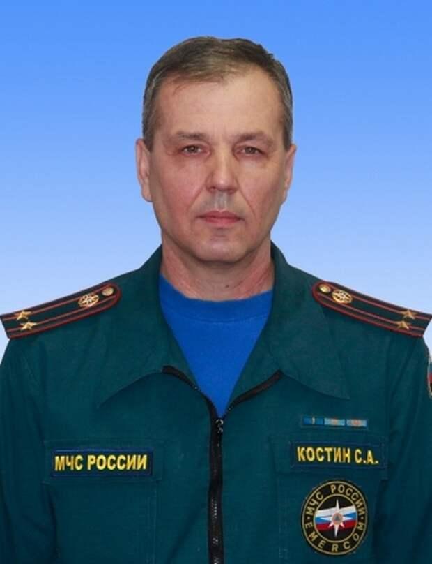 Офицер МЧС погиб, до последнего спасая людей на пожаре в Казани 2015, героизм, герой