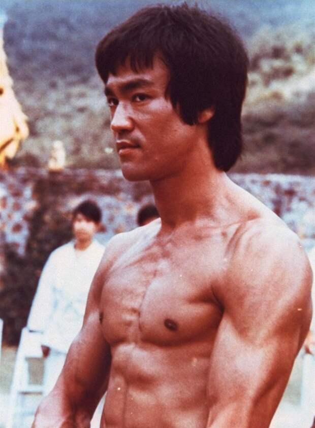 Bruce Lee Путь самосовершенствования: Советы от Брюса Ли