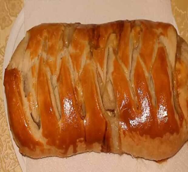 Как приготовить пирог из слоеного теста с курицей рецепт с фото