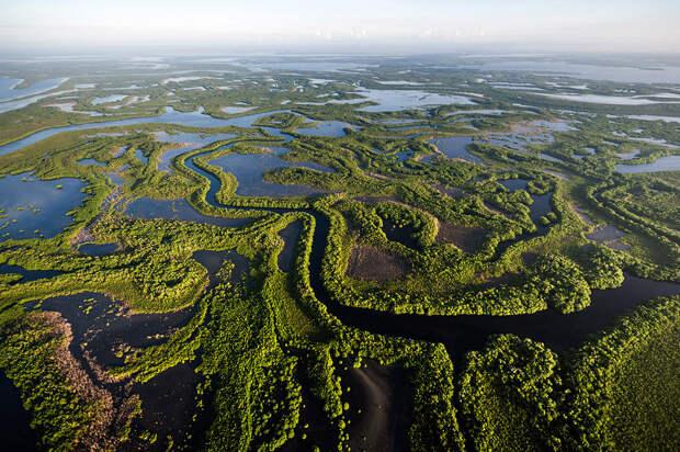 Кауто - самая длинная река на Кубе в провинциях Сантьяго-де-Куба и Гранма.