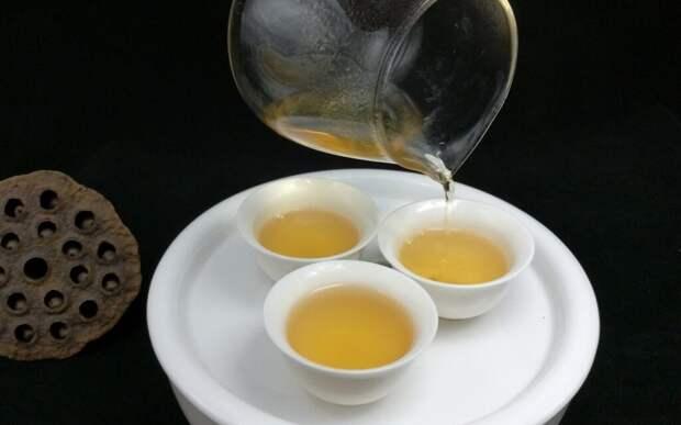 Ученые выяснили, что чай улун помогает сжигать висцеральный жир