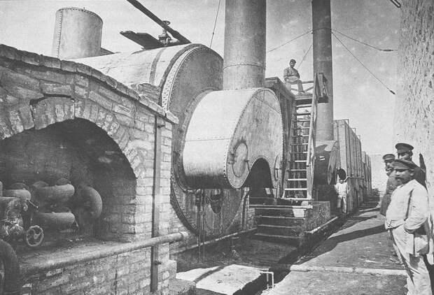 Вид трехтопочного куба. Баку, 1887 г.