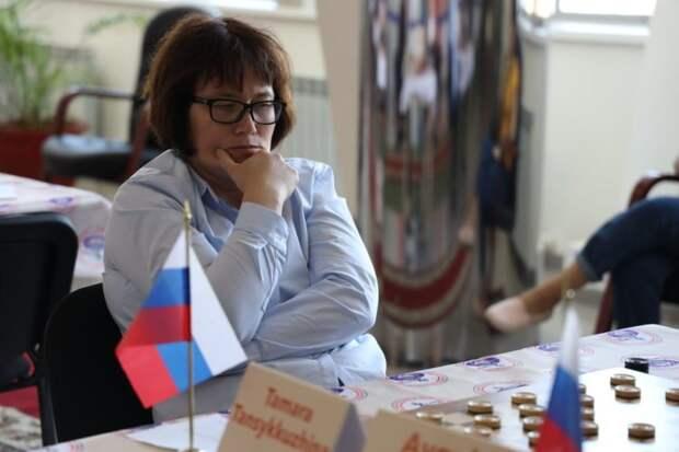 Россиянка вновь стала чемпионкой мира по шашкам