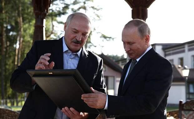Геополитический вызов для Путина: западные эксперты о событиях в Белоруссии