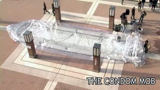 The condom mob (Milan)