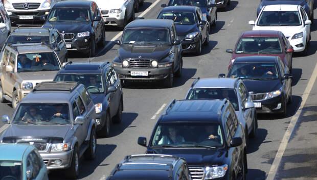 Пробка длиной более 3 км образовалась на трассе А‑107 в Подольске