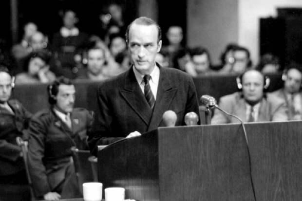 Как союзник Гитлера Крупп избежал справедливого наказания