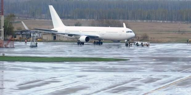 Пьяный пассажир в Шереметьево задержал вылет самолета в Челябинск
